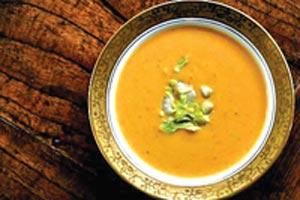 طرز تهیه سوپ سیب زمینی و کرفس