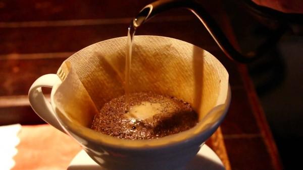 کیفیت آب بر روی قهوه