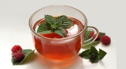 چای گیاهی کرنبری و نعناع