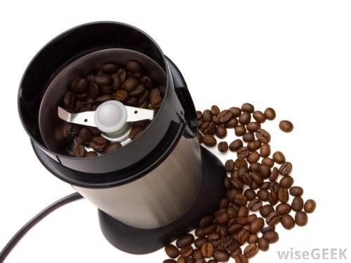 آسیاب قهوه تیغه ای (Blade Grinder)